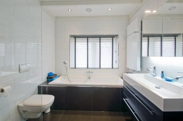 Badkame Voor Woonplaats : Bouwbedrijf j lok badkamer verbouwen